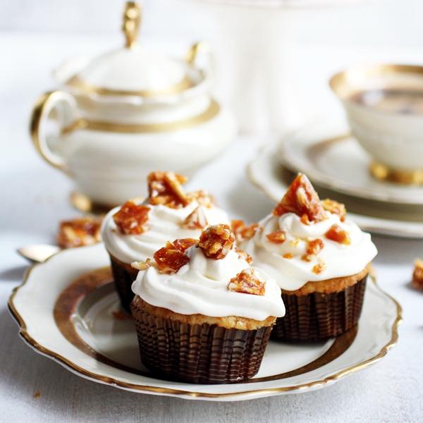 almondcupcakes3