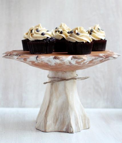 cookiedoughstuffedcupcakes1